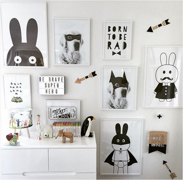 Cute characters and gorgeous typography prints make this monochrome room completely individual. Be creative! :: KOKO KIDS :: #blackandwhite #monochrome