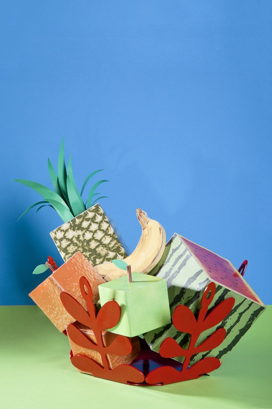FRUIT BOWL   design Giampietro Preziosa  photo Lafratta/Napolitano  #kitchen #paper #props #fruits #bowl #table