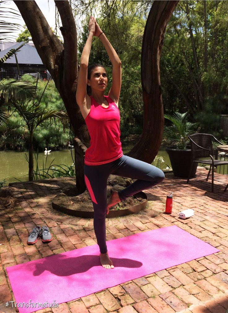 Es muy importante tener en cuenta que para tener una rutina de yoga equilibrada y a gusto es necesario alimentarse de fibras y granos que ayudan a la regeneración de las células y a recargar el cuerpo de energía.