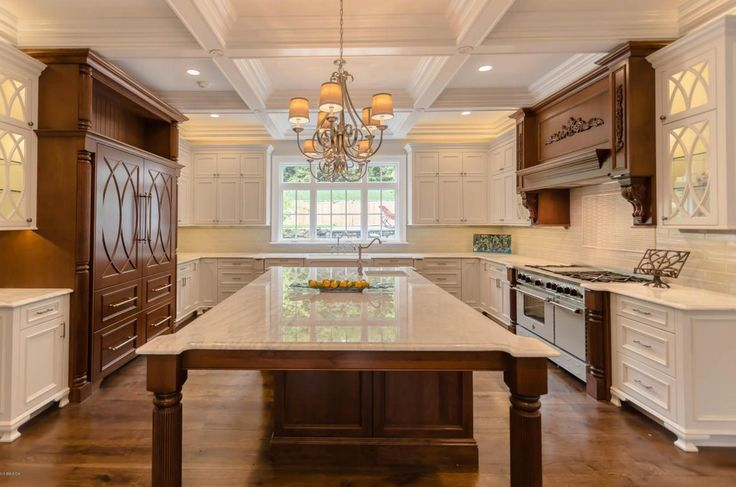 $8.77 Million Newly Built Georgian Colonial Mansion In Greenwich, CT | HOTR