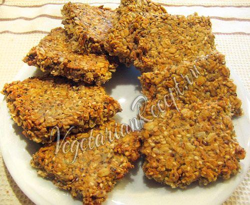 Домашние полезные крекеры из овсяных хлопьев, зерен и семян. Датский рецепт с фото.