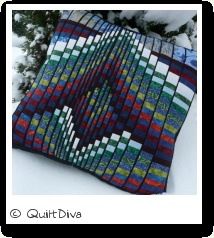 A little bit in love! I do like the thin black sashing <3: Patchwork Bargello, Quilts Bargello, Bargello Quilts, Quilts Ideas