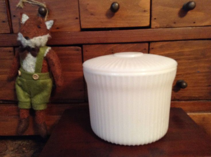 Milk Glass Breakstone Cottage Cheese Container - 1950- 1960 by Lilywhitefish on Etsy
