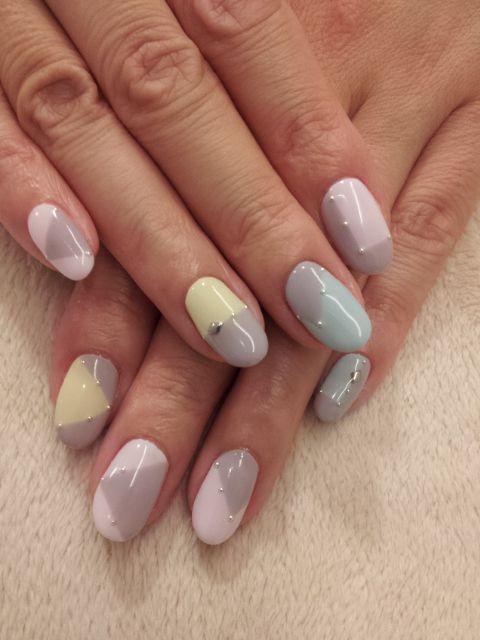 Mutes Pastel Geometric Nail Art...