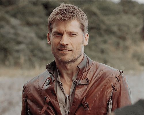 Pin for Later: The Sexiest GIFs of the Sexiest Game of Thrones Guys When Jaime Lannister Is All Leather and Confidence