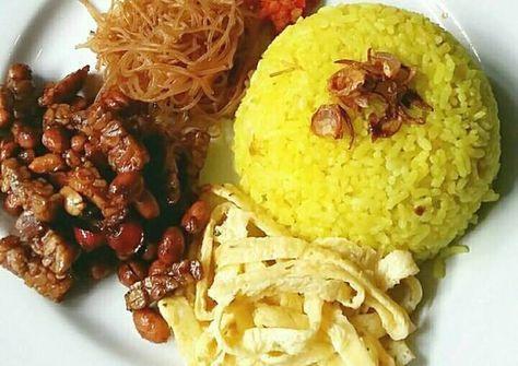 Resep Nasi Kuning pake rice cooker