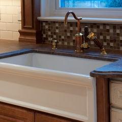 Backsplash Behind Kitchen Sink Design Ideas