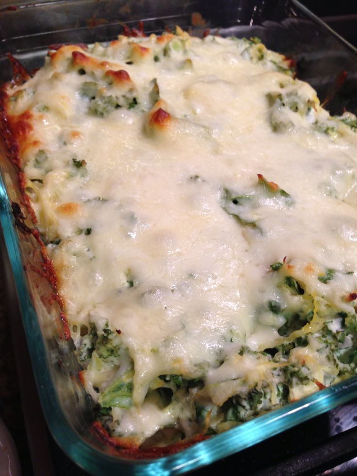 spaghetti squash casserole with spinach and chicken