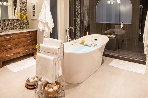 Modern Master Ensuite with Double Shower