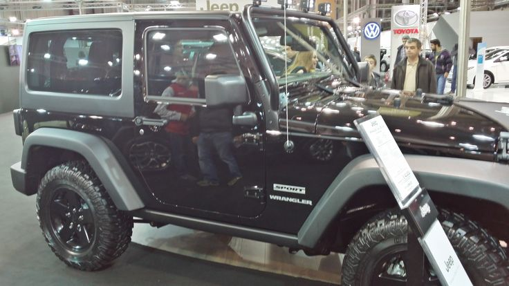 Jeep Wrangler - Side View