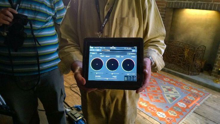 Και βέβαια η CineAlta F65 και η τελική ποιότητα εικόνας ελέγχονται εύκολα από το....iPad! #Sony 4K Event | Pinewood Studios, UK