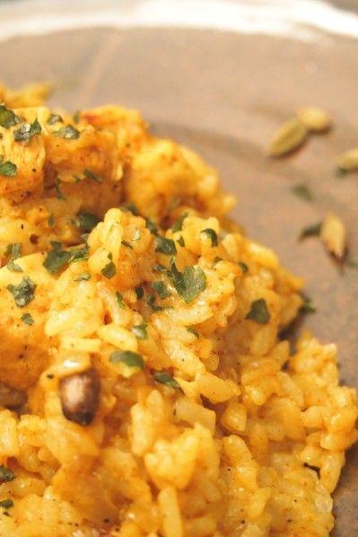 Il y a quelques jours, j'avais envie de préparer un biryani ce plat de riz traditionnel indien, je me suis largement inspiré d'une recette qu'avait publié Papilles et Pupilles. Comme je n'avais pas tous les épices, j'ai utilisé une pate de curry Patak's. Il était parfait, juste relevé et très rapide à faire… l'Inde était …