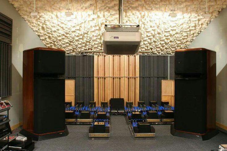Westlake Audio Tower SM-1 horn speakers powered by Jadis ...