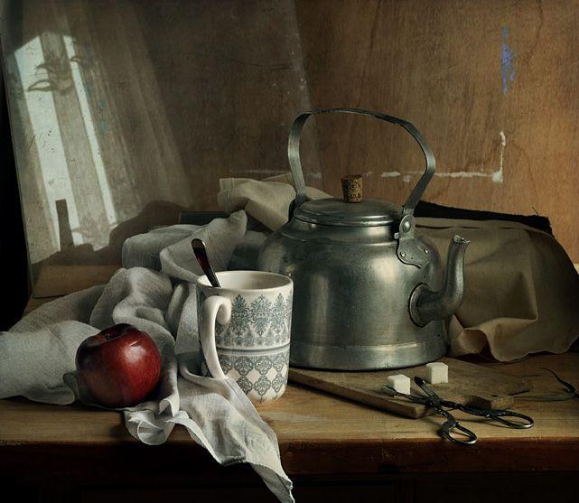 #still #life #photography • photo: чай с красным яблоком и щипцами для сахара   photographer: Lertsy   WWW.PHOTODOM.COM