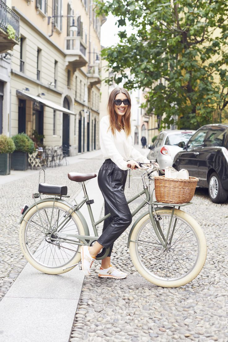 Patricia Manfield in #HOGAN sneakers. #HOGANBUSYBEAUTIFUL