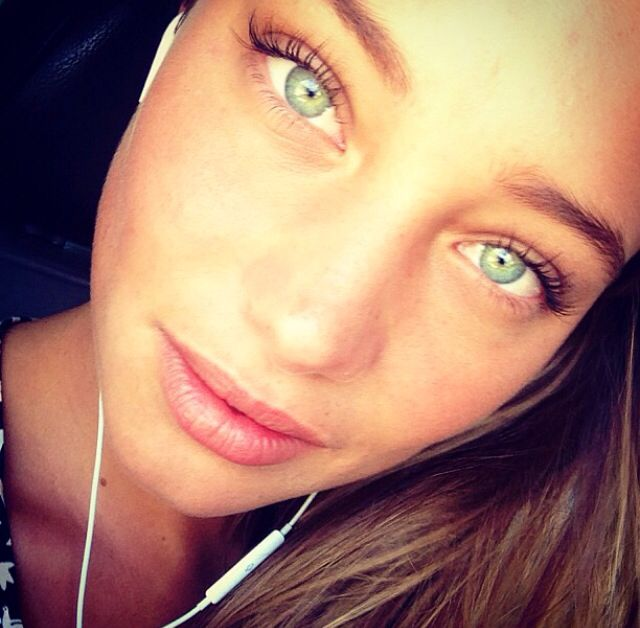 1000 Images About Hannah Davis On Pinterest Eyebrows