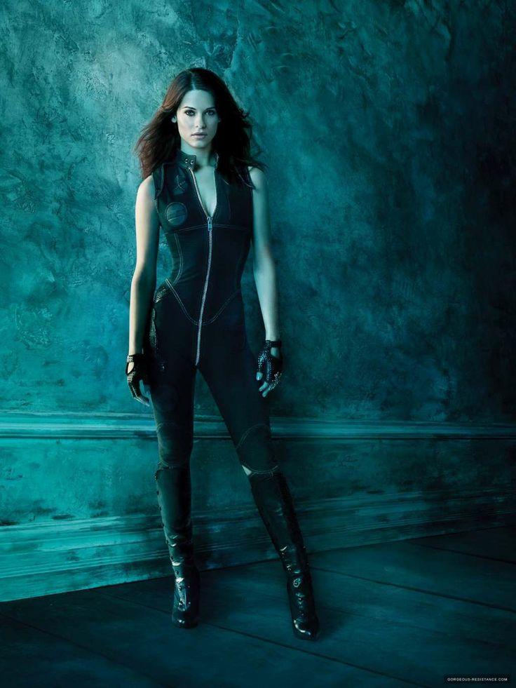 Alexandra Udinov | Lyndsy Fonseca | Nikita | Lara Croft Tomb Raider | espionage, black ops fashion
