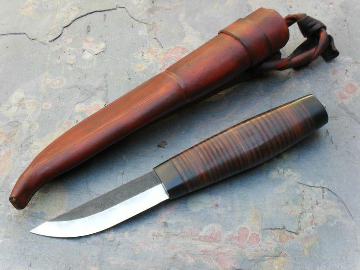 Leather handled Puukko