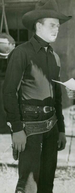 John Wayne A l'Ouest des montagnes / L'honneur retrouvé (West of the divide) 1934