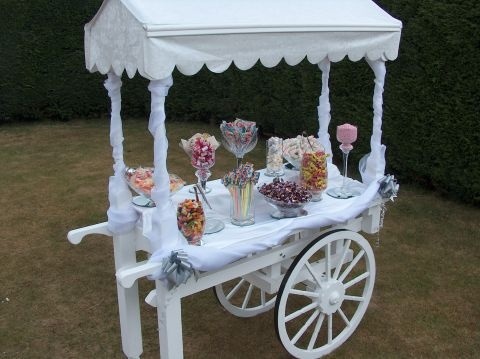 De jolis sweet tables - Buffets de desserts - Candy Bars - The Wedding Tea Room