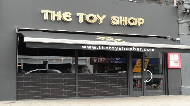 Toy Shop Bar - A fresh, fun and vibrant bar / restaurant, opened in January 2013 which specialises in unique sharing food and sharing cocktails open until 2am on Friday and Saturday nights.