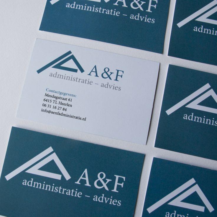 A&F -visitekaartje- Het visitekaartje heeft een strakke zakelijke uitstraling maar valt toch op door het gekleurde vlak.