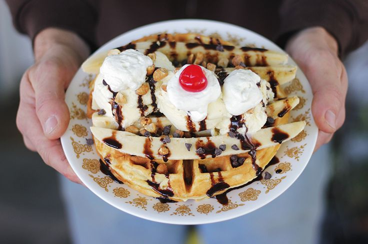 I think I just found our Christmas morning breakfast! ---> 10 Waffle Toppings | The Merrythought