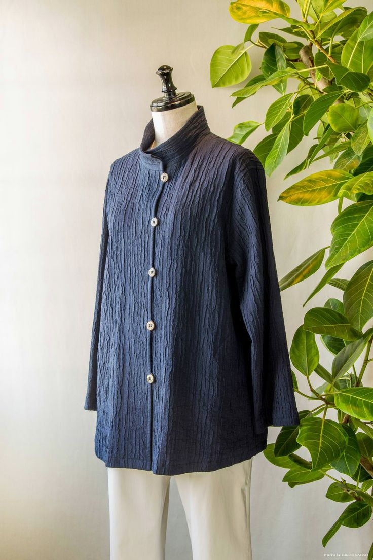 GRAPE Motomachi / Dobby Wrinkle Jacket #dobbyweave #wrinkles #jacket #navy #grapemotomachi