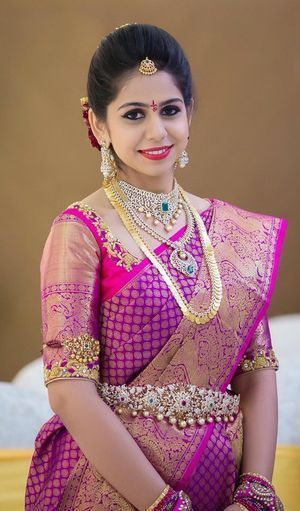 Gorgeous South Indian Bride in a Fuschia Kanchipuram Silk Saree