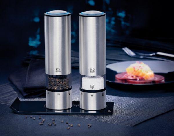 Perfect Peugeot Elis Sense elektrische Pfeffer oder Salzm hle mit Stahl Mahlwerk Batterie und LED