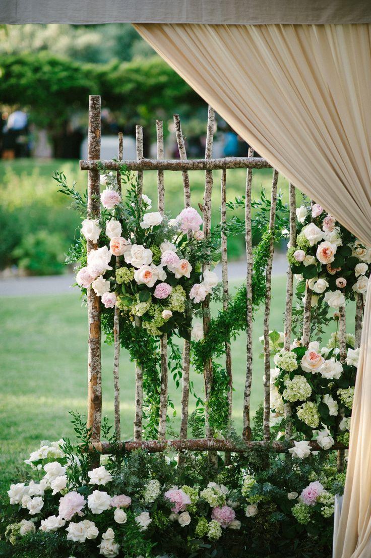 Floral birch trellis mark39s garden yvette roman for Decorating a trellis for a wedding