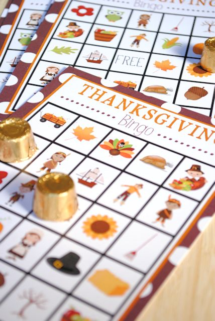 Free Printable Thanksgiving Bingo for Kids. Like the idea of using rolo or other candy.