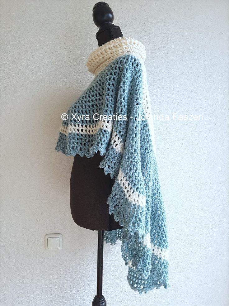 #PATR1091 #Poncho #haakpatroon #patroon #haken #gehaakt #cape #crochet #pattern #DIY #rond #round #asymmetrisch #asymmetric #cape #cowl #col Patroon (NL) is beschikbaar via: Pattern (English-US) is available at: www.xyracreaties.nl www.ravelry.com/stores/xyra-creaties www.etsy.com/shop/XyraCreaties