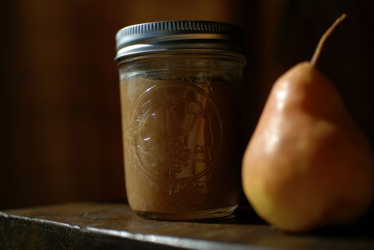 Just Right Pear Butter recipe and caning @ caramelizelife.com  photo by: Rachelle Weymuller