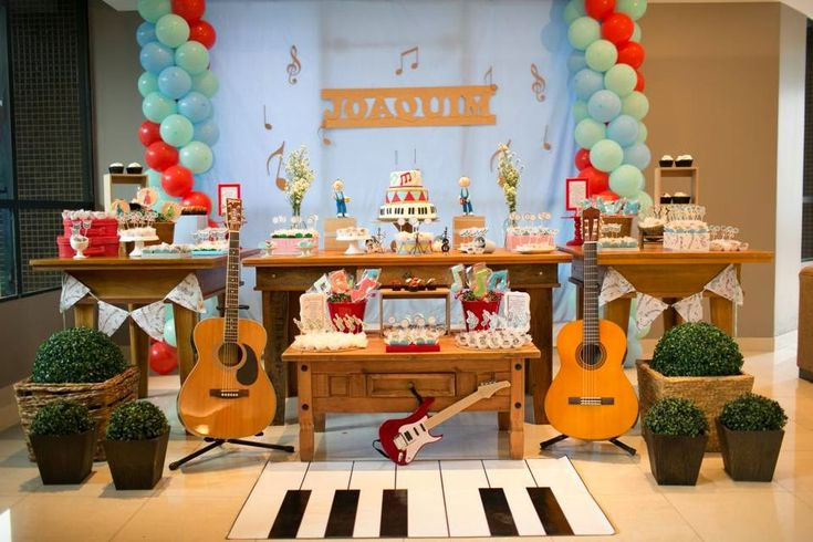 Festa Infantil por Rozangela Mazur: Instrumentos musicais para o Joaquim!!