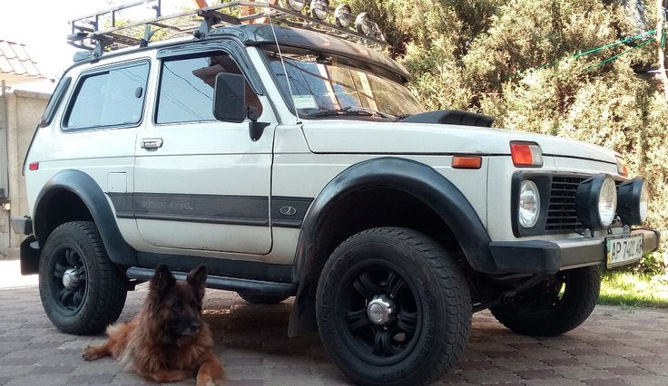 507 best lada niva images on pinterest 4x4 vehicle and for Interieur lada niva