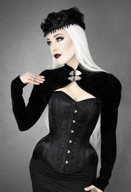photo n°1 : Boléro gothique victorien en velours noir