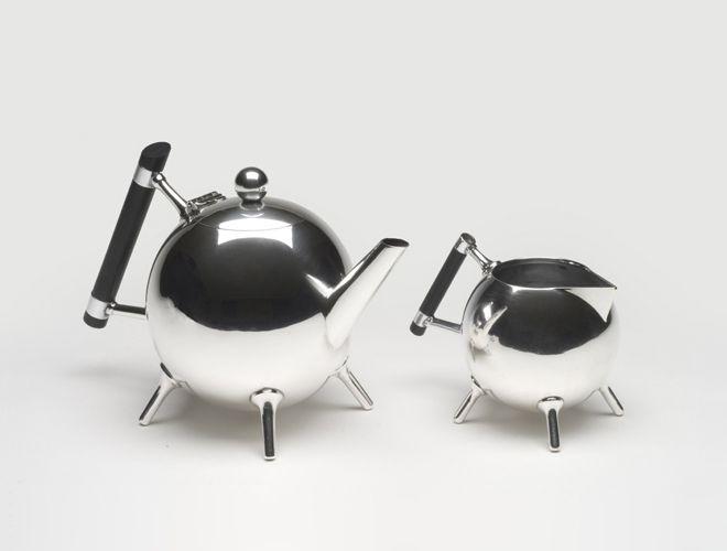 Christopher-Dresser-teapot