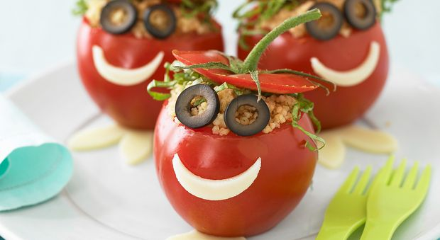Les tomates farcies MDR Une version amusante des tomates farcies qui plaiera à tous les enfants!