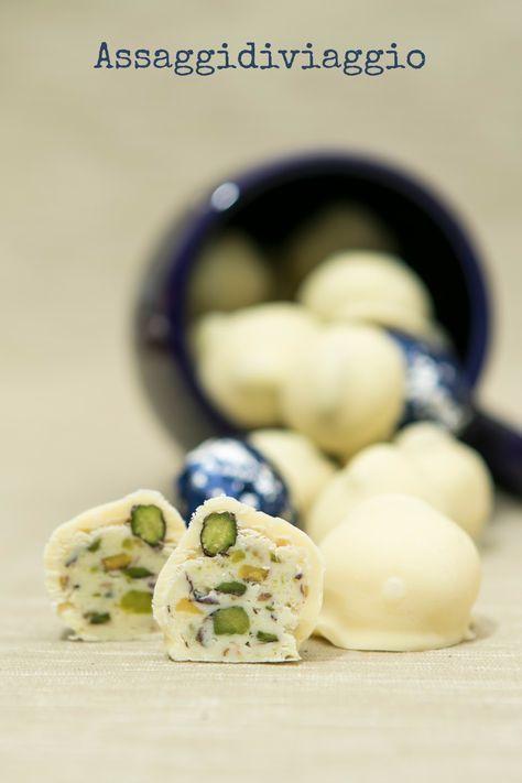 Assaggidiviaggio: MTchallenge di Febbraio: Baci bianchi alla crema di limoncello e pistacchi di Bronte