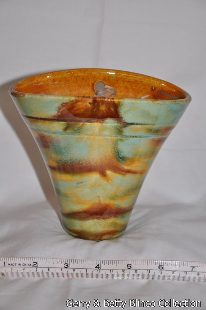 14cm x 15.5cm Australian pottery Campbell - Blinco collection