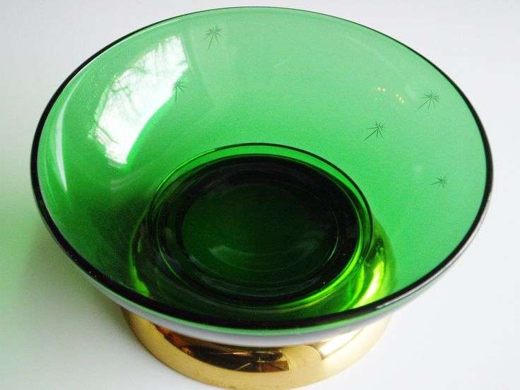 Vintage, Emerald Glo, Glass Salad Bowl, Paden City, Emerald Green, Gold, Star, Large Fruit Bowl, Gold Metal Base, 1930s, Depression Glass by Vintagerous on Etsy