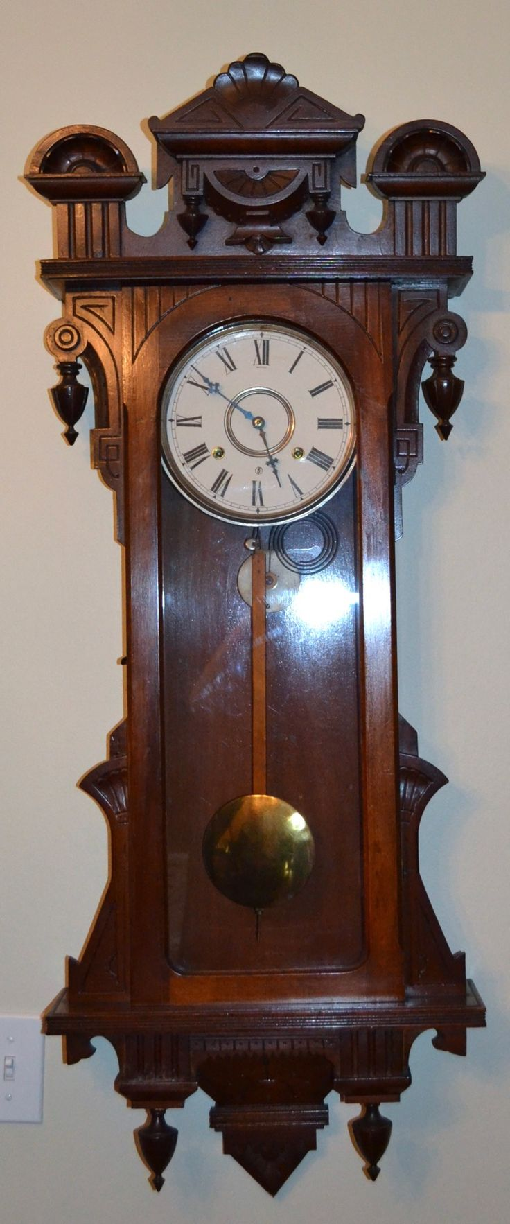 early 20th century american pendulum clock - Feldstein Kaminsimse