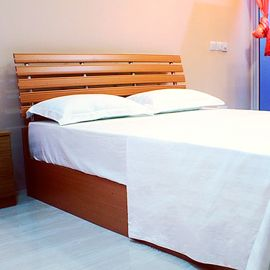 br /br /br /Bed : 1 double bedbr /Occupancy : 1 adultbr /Location : 1st to 5th floorbr /Size :