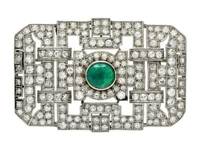 BROOCH, platinum, cabochon cut emerald, single cut diamonds approx 4,00 ctw, approx TW/VS. Item no: 1226588 - Kaplans Auktioner