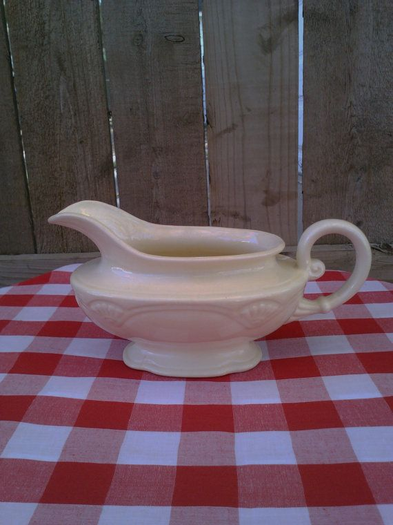 Vintage Homer Laughlin Gravy Boat 947N8 Made in by EclecticGals