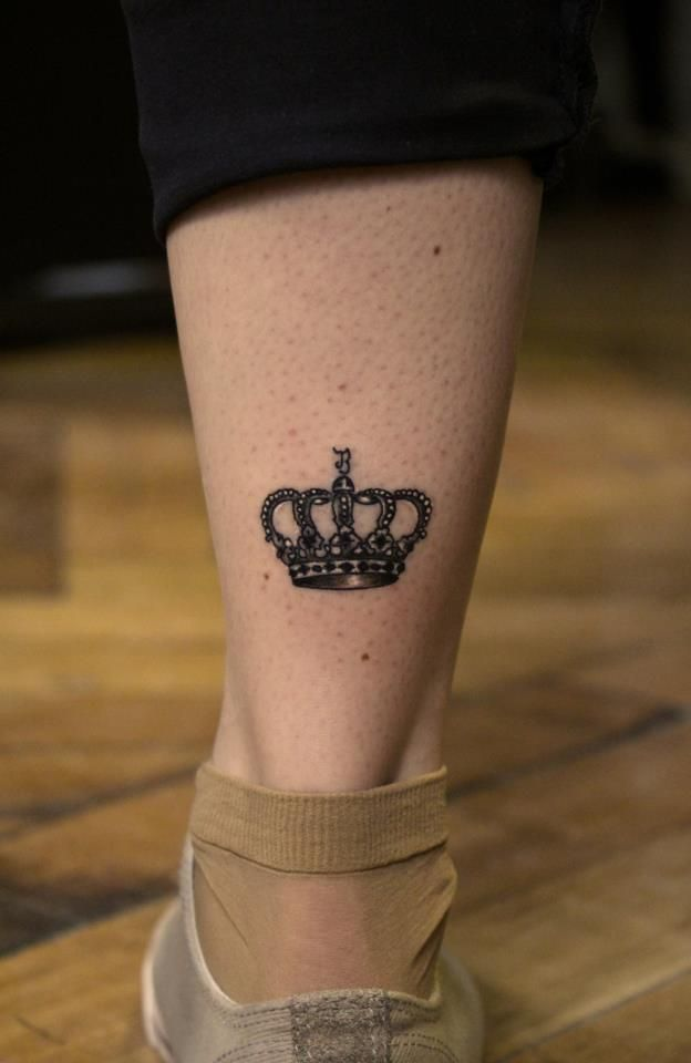 25 best ideas about crown tattoo on wrist on pinterest for Best crown tattoos