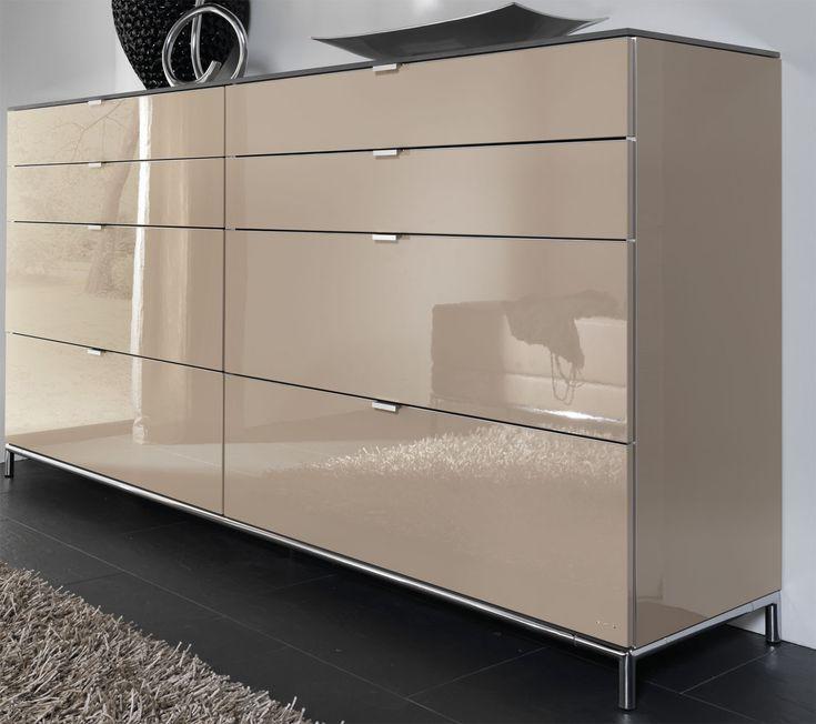 Kommoden Schlafzimmer Gunstig : Das Bild zeigt eine Chiraz Kommode Hochglanz sandgrau mit Swarovski ...