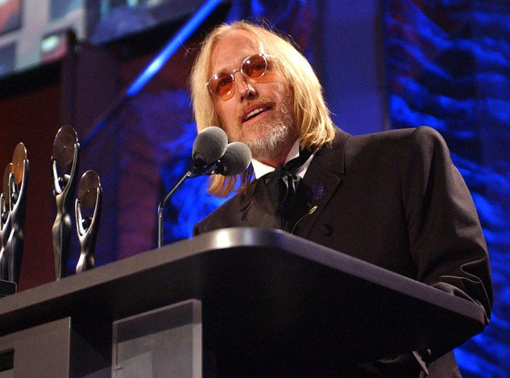 Hall of Famer from Tom Petty: A Life in Pictures The group performed during the 2002 Rock and Roll Hall of Fame Induction ceremony during which they were being honored.