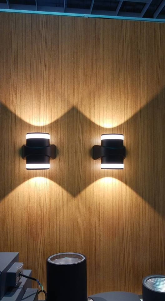 Led up and down wall light new design in 2017 ip65